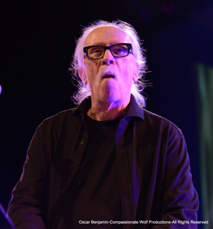 John_Carpenter_closeup2_Performing_at_the_Warfield_in_SF_Photographed_by_Oscar_Benjamin_2017
