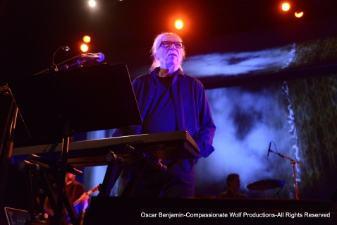 John_Carpenter_Performinglive_at_the_Warfield_in_SF_Photographed_by_Oscar_Benjamin_2017